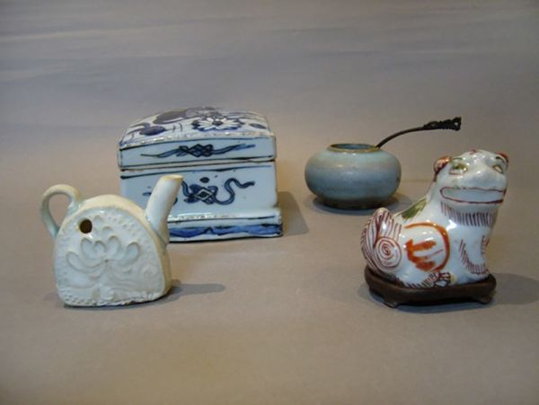 Ceramics and Porcelain Tools for Writing